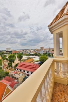 Palace Gate Apartment