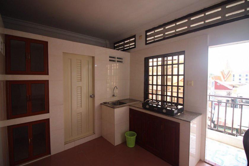 1 Bedroom & 3 Bedroom Near Royal Palace