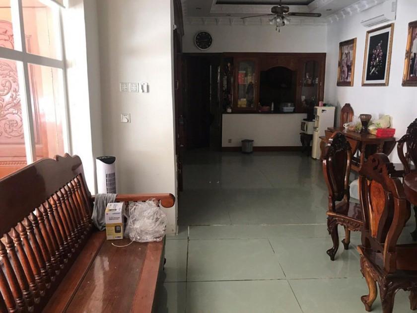 Villa St.95 Near Stop Bokor