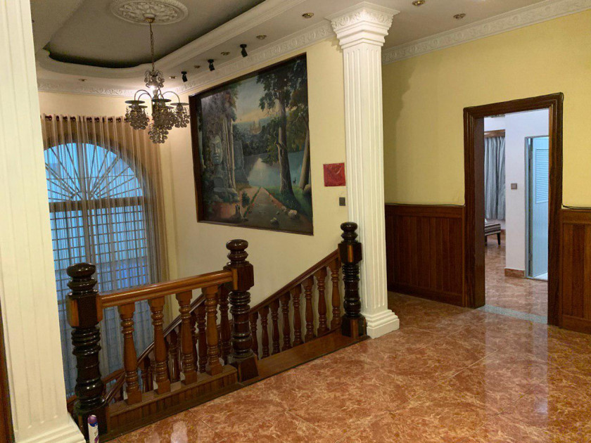 Villa St.374 Samdach Monireth Blvd