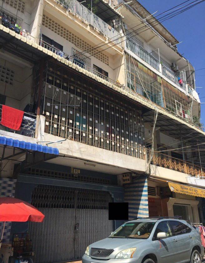 Shophouse St.140 corner St.164