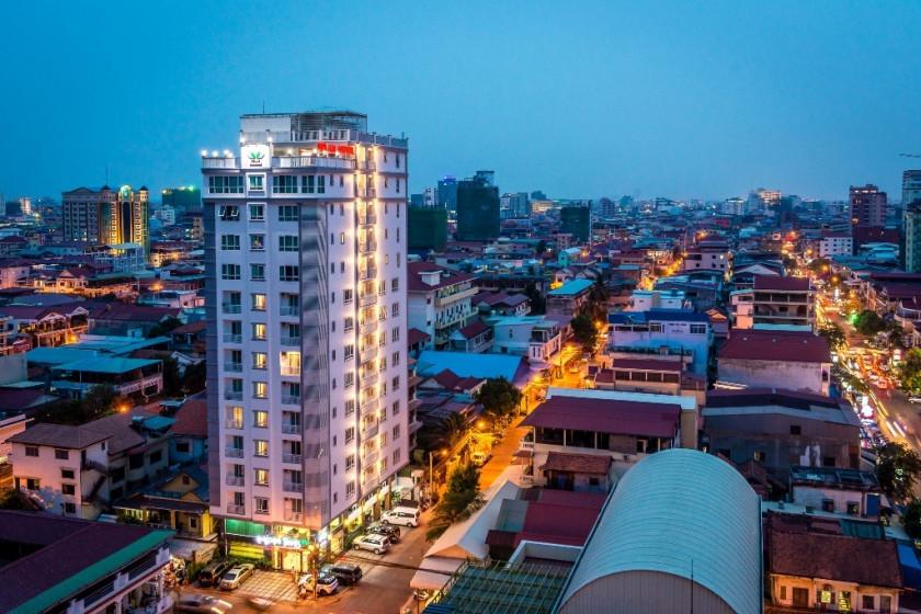 Relax Hotel & Apartment