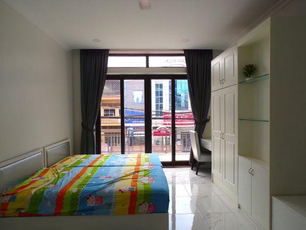 Ananta Apartment