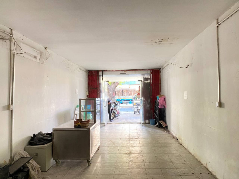 Shophouse  Around Toul Kork