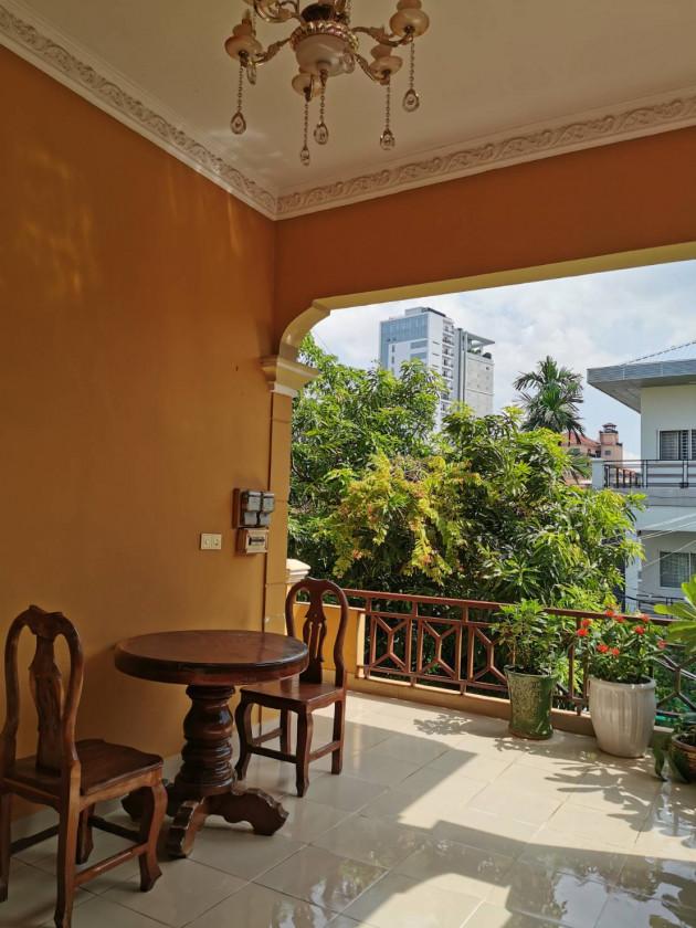 Apartment at St.426