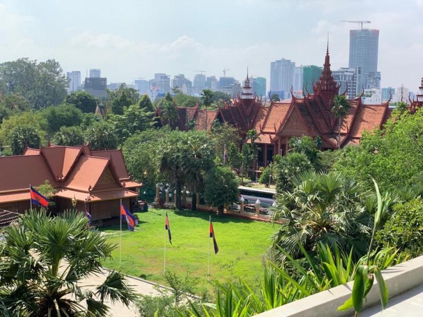 Apartment Near Royal Palace