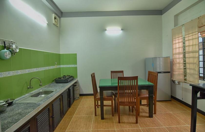Saloth Apartment