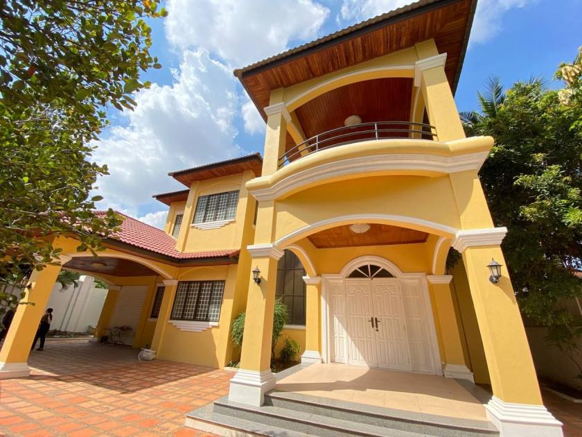 Villa At Toul Kork