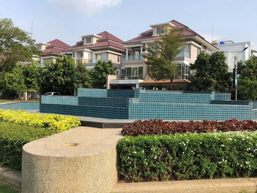 Flat at Borey Peng Huoth Stueng Mean Chey