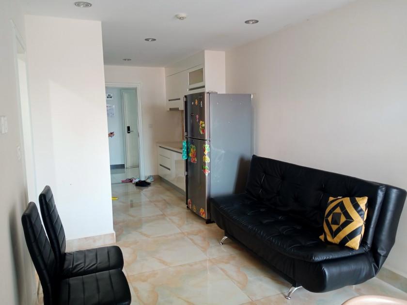 UK Condominium  618