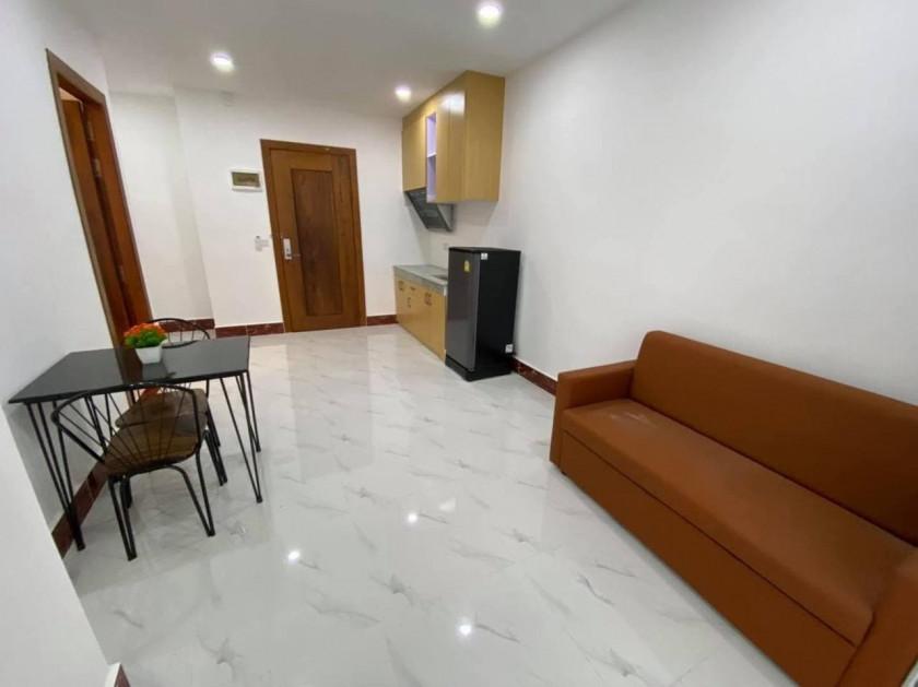 Apartment 72
