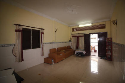 Red Stair Apartment in Phnom Penh