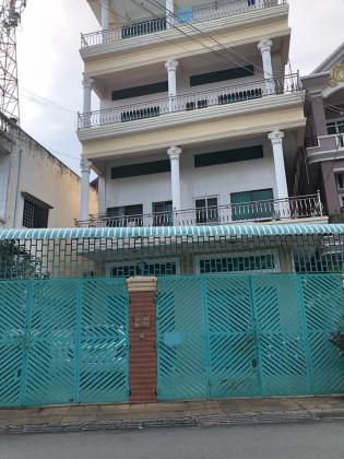 Flat Tumnob Tuek,St.173 Flat in Chamkar Mon phnom penh