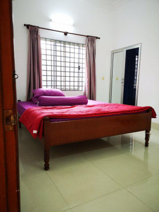 3 Bedrooms St.21 Bassak Apartment in Phnom Penh