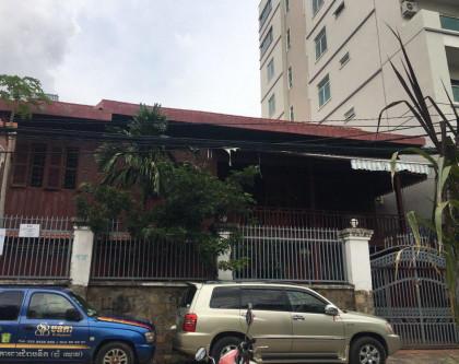 Wood Villa style St.480 Villa in Phnom Penh