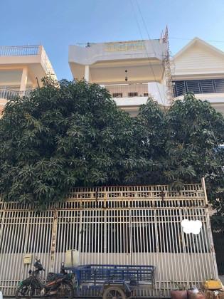 Flat At Toul Sangkea, St .4R Flat in Phnom Penh