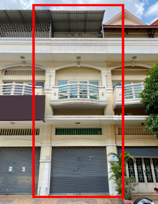 Shophouse Near Ratana Plaza Flat in Phnom Penh