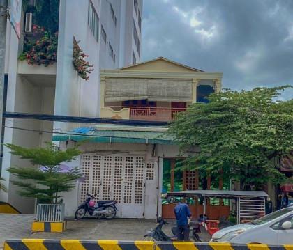 Shophouse Near Khmer Soviet Friendship Hospital Flat in Phnom Penh