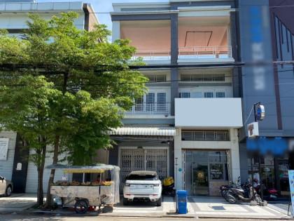 Shophouse Near Marko Cambodia Flat in Phnom Penh