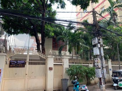 Villa At Tonle Bassac Villa in Phnom Penh