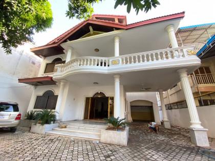 Villa in Ckamkarmon Areas Villa in Phnom Penh
