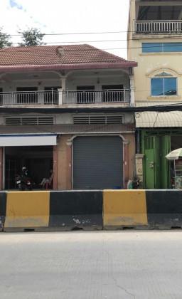 ផ្ទះល្វែងនៅជិតកាំកូសុីធី Flat in Phnom Penh