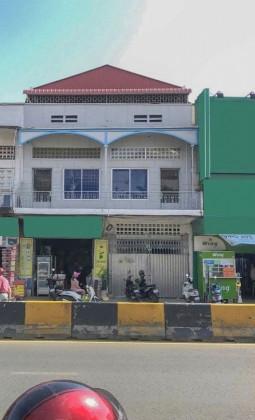 ផ្ទះល្វែងនៅជិតពោធិ៍ចិនតុង Flat in Phnom Penh