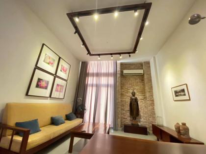 Duplex Loft Style in Orussey Market Apartment in Phnom Penh
