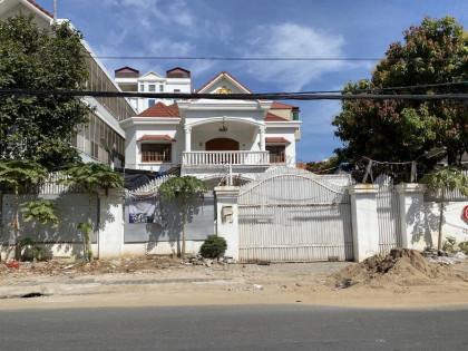Villa  Around Toul Kork Villa in Phnom Penh