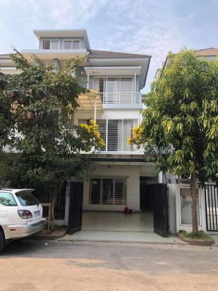 Villa for Lease in Borey Peng Huoth Boeng Snor Villa in Phnom Penh