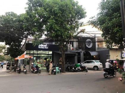 ហាងសំរាប់បើកអាជីវកម្ម Flat in Phnom Penh