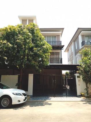 Twin Villa In Borey Peng Hout 6A Villa in Phnom Penh