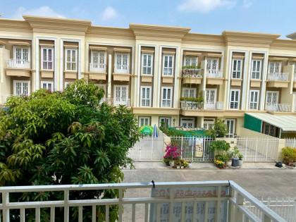 Villa In Borey The Mekong Royal Villa in Phnom Penh