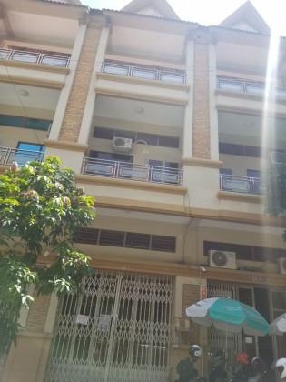 ផ្ទះជួលនៅបុរីប៉េងហួតស្ទឹងមានជ័យ Flat in Phnom Penh