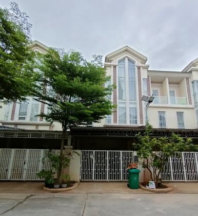 Villa In Chip Mong Land At Sen Sok Villa in Phnom Penh
