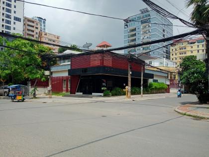 Shophouse In BKK1 Flat in Phnom Penh