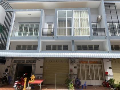 ផ្ទះល្វែងបុរីភ្នំពេញសុខសាន្តត្រពាំងរំចេក Flat in Phnom Penh