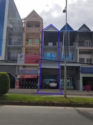 ផ្ទះអាជីវកម្មនៅផ្លូវទំនប់ថ្មី 371 Flat in Phnom Penh