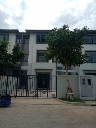 វីឡាកូនកាត់នៅ បុរីជីបម៉ុង 271 Villa in Phnom Penh