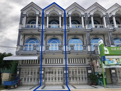 ផ្ទះអាជីវកម្មនៅផ្សារឈូកវ៉ា Flat in Phnom Penh