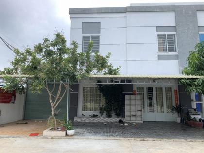 ផ្ទះអាជីកម្ម នៅបុរីពិភពថ្មីឈូកវ៉ា III Flat in Phnom Penh