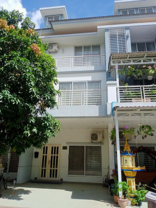 Twin Villa In Borey Peng Huoth The Star Premier Villa in Phnom Penh