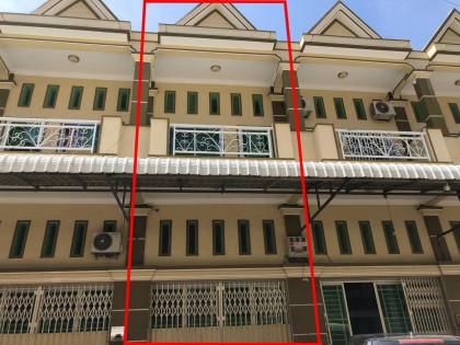 ផ្ទះអាជីវកម្មនៅចោមចៅ ៣ Flat in Phnom Penh