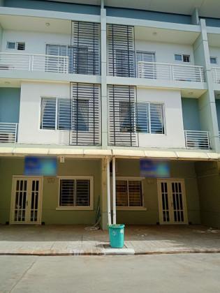 វីឡា LC2 នៅបុរី ប៉េង ហួតបឹងស្នោរ Villa in Phnom Penh