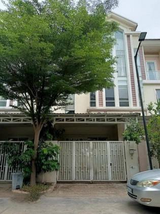 វីឡាភ្លោះនៅបូរីជីបមុ៉ងសែនសុខ Villa in Phnom Penh