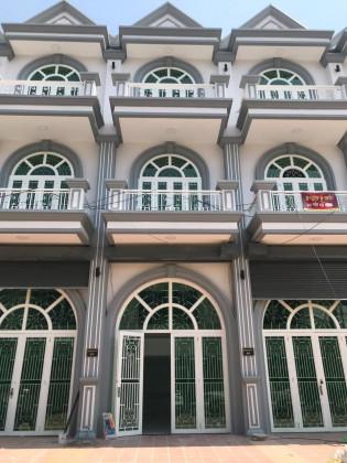 ផ្ទះល្វែងនៅចំការព្រីង Flat in Phnom Penh