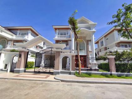 Villa Peng Hout Boeung Snor Villa in Phnom Penh