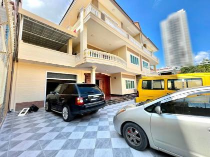 វីឡាជួលនៅទួលគោក Villa in Phnom Penh