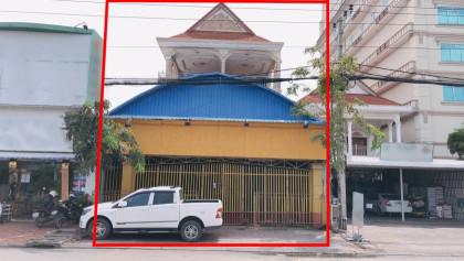 ផ្ទះអាជីវកម្មនៅជិតផ្សារព្រែកលៀប Flat in Phnom Penh