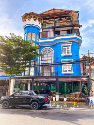 ផ្ទះអាជីវកម្មនៅដូនពេញ Flat in Phnom Penh